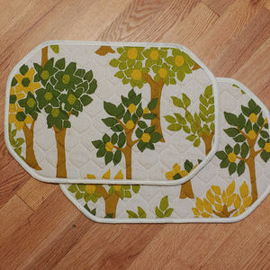 Vintage Quilted Tree Landscape Placemats